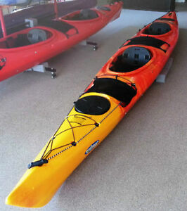 Winner Hug Kayak w/ Paddle
