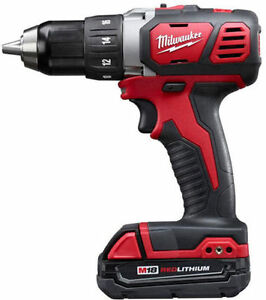 New Milwaukee 1/2-inch M18 Compact Drill Driver West Island Greater Montréal image 1