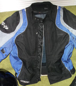 Motorcycle gear. Jacket, helmet, * all cose to new! new prices! London Ontario image 2
