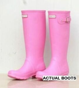 NEW !  GENUINE HUNTER RAINBOOTS- FALL STREET STYLE ! Edmonton Edmonton Area image 2