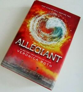 """""""""""'ALLEGIANT""""  by Veronica Roth"""