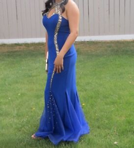 Gorgeous Size 8 Blue Grad Dress