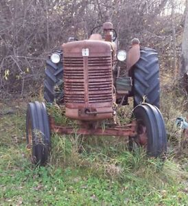 International Super W-6 Tractor Strathcona County Edmonton Area image 1