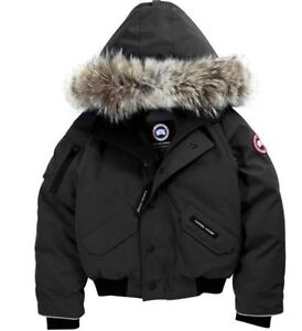 NEW AUTHENTIC CANADA GOOSE JACKET - Womans Small