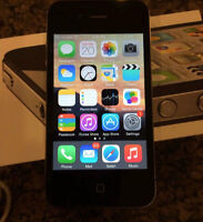 UNLOCKED IPHONE 4 16GB - Works GREAT, Looks GREAT