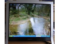 "Sony TFT LCD 17"" Colour Monitor SDM-HS75P"