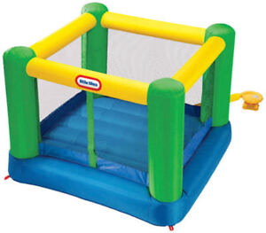 Little Tikes Inflatable Bouncer 8 x 8