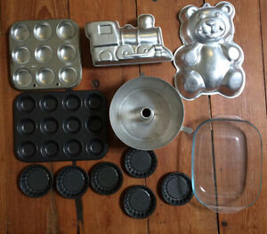 CAKE PANS 12 for $10