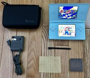 DS Lite With Accessorries and Many Games
