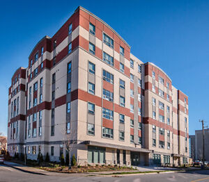 Student Sublet at Regent! (James Street St. Catharines Location)