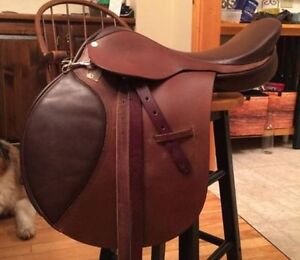 Mint Condition Close Contact Saddle