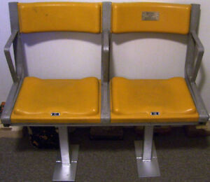 AUTHENTIC ORIGINAL BOSTON GARDEN SEATS BRUINS NHL CELTICS NBA