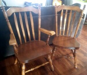 4 Country/Colonial Dark Pine chairs