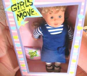 "18"" BLONDE PIGTAIL DOLL ""GIRLS ON THE MOVE"" AG TYPE NEW IN BOX"