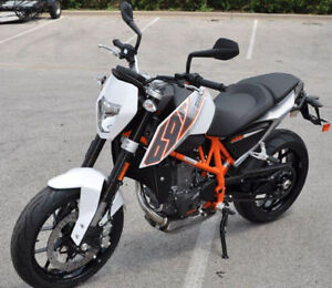 2014 KTM 690 Duke (only 124 km's)