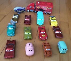 petites autos LES BAGNOLES / CARS / flash mcqueen