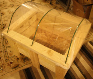 Wood Planter with Mini Greenhouse
