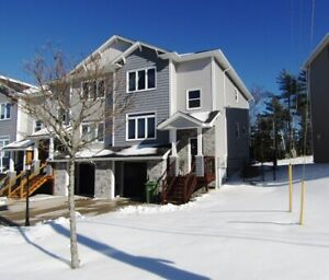 19-016 Townhouse nestled in Bedford just off Larry Uteck