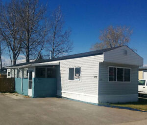 Beautiful Refurbished 2-Bedroom Mobile Home - PRICE REDUCED!!