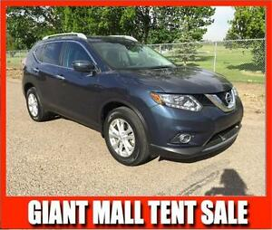 2014 Nissan Rogue (only 17,000 kms)