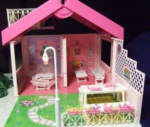 Barbie house, Barbie dolls and kids, ,accessories , car,clothing