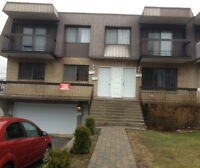 DOUBLE GARAGE IN VIMONT LAVAL