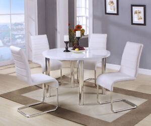White Lacquer Finish & Sophisticated Glass 5 Pc Dining Set