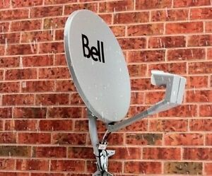"""BELL SATELLITE DISH with-- """"TWO""""--""""DUAL LNB's"""" --EX COND.--$30"""