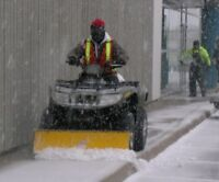 SNOW: EXPERIENCED SIDEWALK CLEARING LABOUR - EARN $20 - 27/Hr
