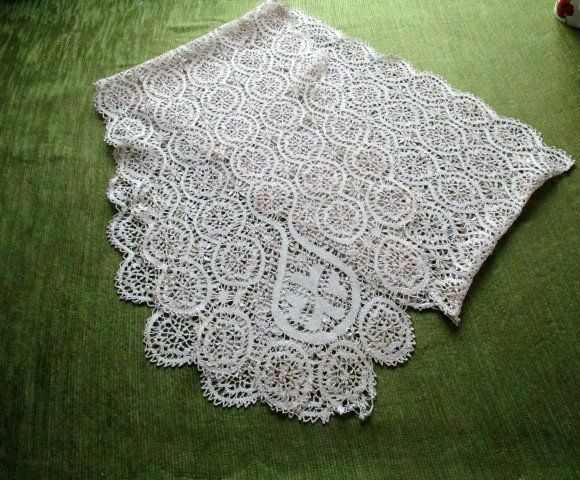 "ANTIQUE MALTESE SILK BOBBIN LACE LONG SCARF-12""x80"""