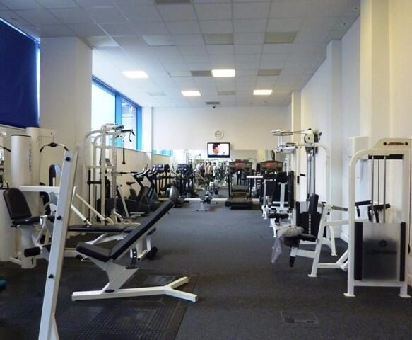1 bedroom flat with balcony and GYM in Royal Victoria