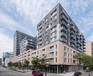 1414 chomedey luxe condo 41/2 included 5 appliances