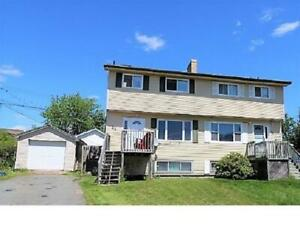 Amazing value!!! Ideal Lower Sackville starter home with garage