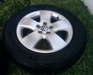 Used Volkswagen Rims and Tires (P195/65/R15)
