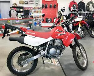 2011 Honda XR650L - low kms & in nice shape with rear carrier