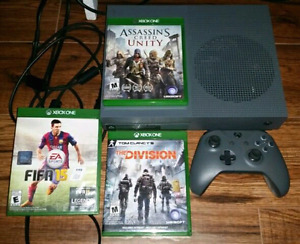 Limited Edition Grey XBOX One S 500gb and 3 games