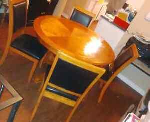 Dining table set  Kitchener / Waterloo Kitchener Area image 3