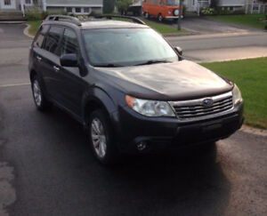 2009 Subaru Forester, AWD, Toit panoramique, accessoires +++