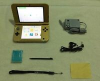 Zelda Special Edition_3DS XL - With Many Games / Accessories