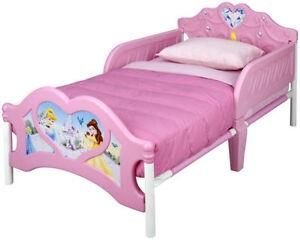 Delta Enterprise Princess 3D Toddler Bed