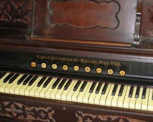 Antique Reed Pump Organ Kingston Kingston Area image 6