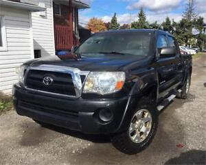2006 Toyota Tacoma SR5 4X4 6 CYLINDRES DOUBLE CABINE **PROPRE**