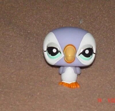 Littlest Pet Shop Bird Lavender Puffin Figure LPS Tropical Petshop #1574 Loose