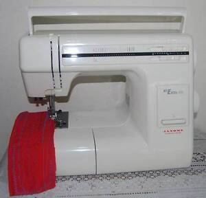 JANOME MY EXCEL 3018 SEWING MACHINE IN VERY VERY GOOD CONDITION Liverpool Liverpool Area Preview