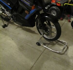 Front and rear Motorcycle Track Stands Kitchener / Waterloo Kitchener Area image 4