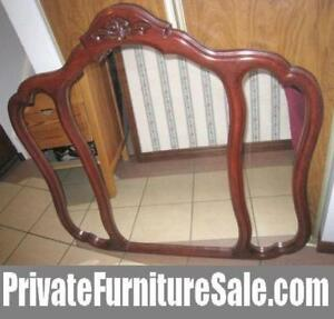 Nice italian Triple Mirror, cherry/mahogany color in good condit