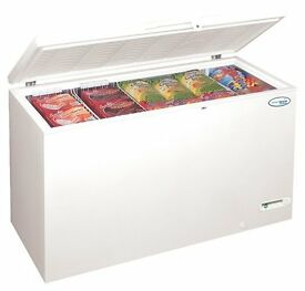 607 LITRE CHEST FREEZER COMMERCIAL QUALITY - NEVER EVEN BEEN SWITCHED ON SO AS NEW !