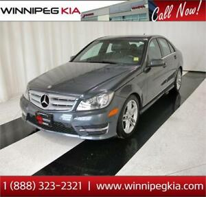 2013 Mercedes-Benz C-Class 300 4MATIC *Loaded!*