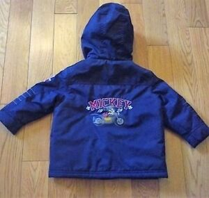 Disney 'Mickey Mouse' 2-piece Snowsuit (Size 2T) **never worn!** Windsor Region Ontario image 2
