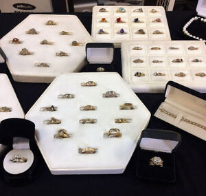LARGE SELECTION OF GOLD, RINGS, CHAINS, PENDANTS AND MORE